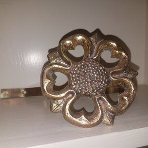 Vintage Accents - Vintage Brass Floral Curtain Tie Back Pair